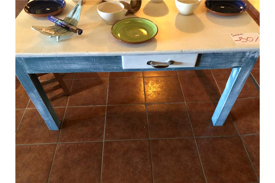 Table vintage en pin