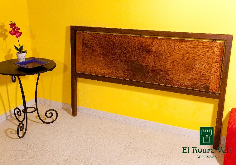 Cabezal cama el roure vell muebles r sticos en pont de for Lamparas cabezal cama
